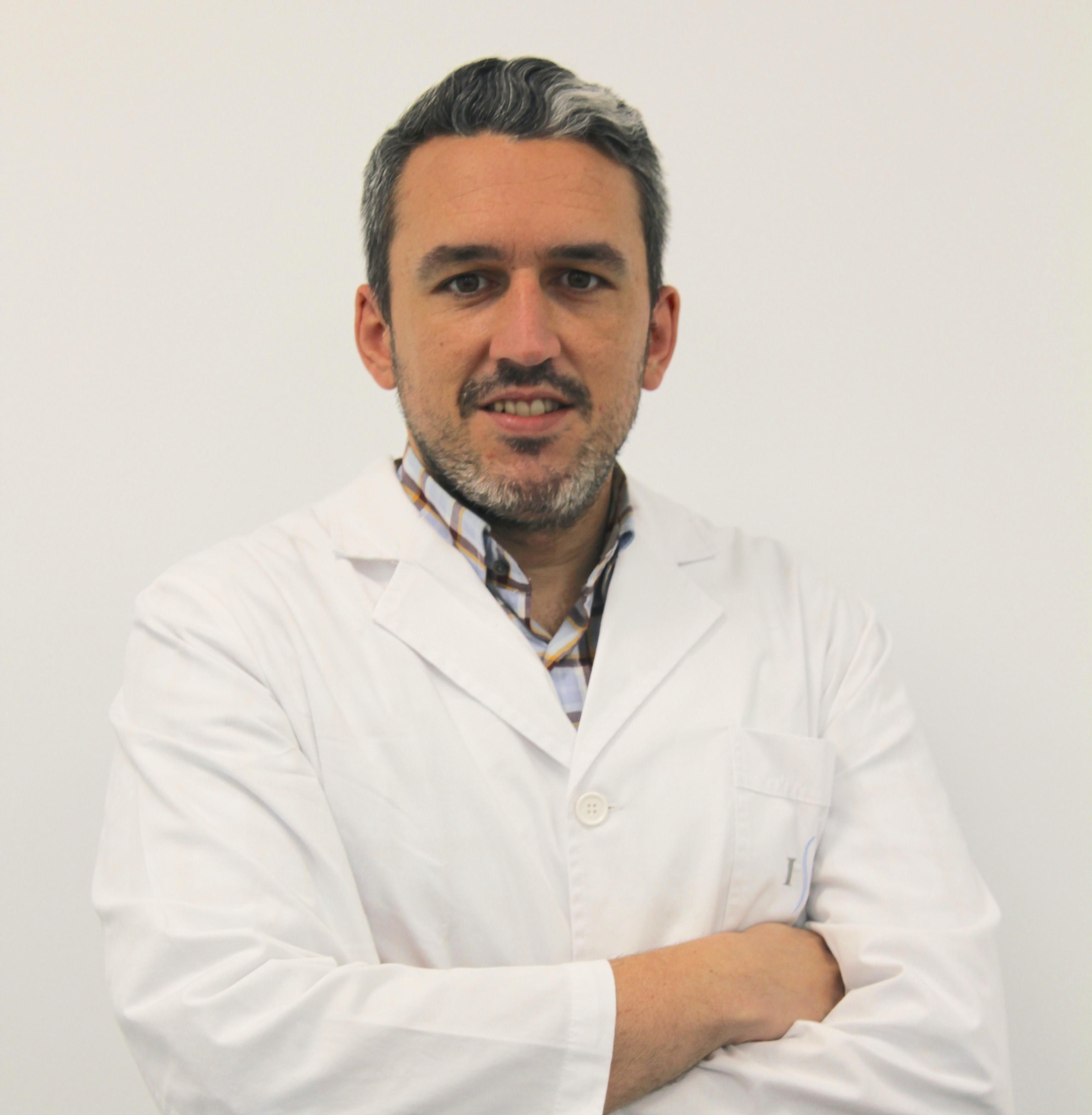 Dr. Alejandro Peiró García